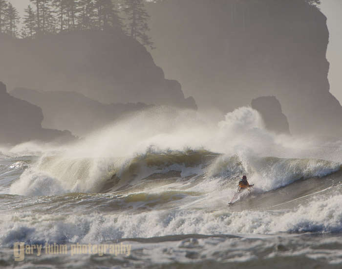 Kayak surfer at La Push, Washington Canon 5D II, 500mm f/4L x1.4x, f/8, 1/2500sec, iso400.