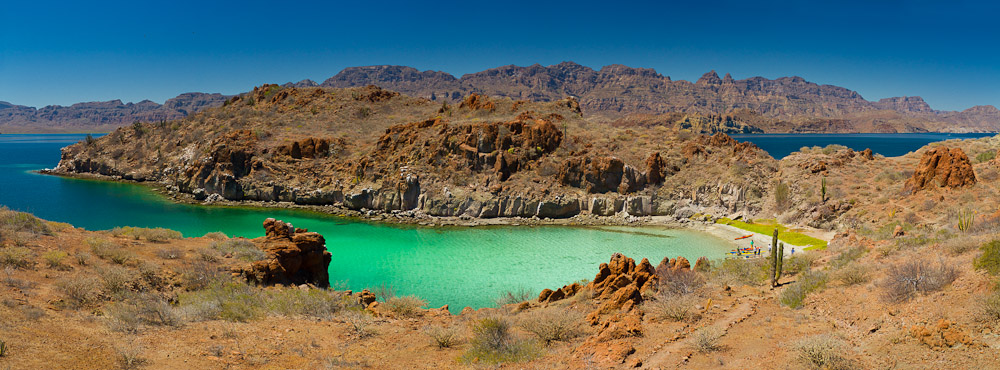Panorama of Honeymoon Cove, Isla Danzante, Baja, Mexico, from six vertical images. Canon 7D, 17-40mm f/4L @35mm, f/5.6, 1/500sec, ISO200